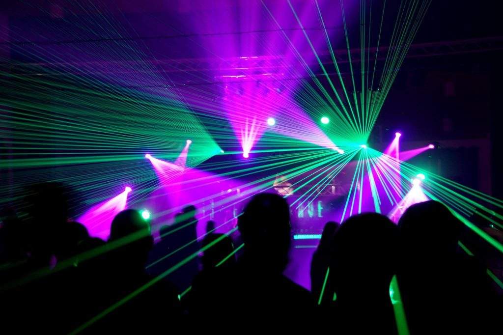 Early Rave op volle dreef – LG Events